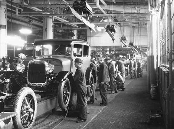 Manufacturing-assembly-line